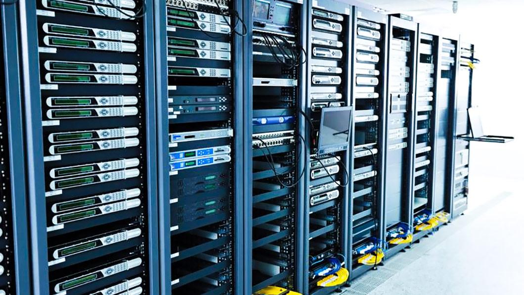 国家网络数据中心大量选择胜为LCD KVM切换器